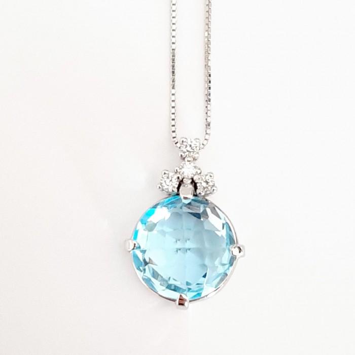 Girocollo pendente topazio azzurro e diamanti Ct. 0,10 in oro 18Kt